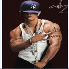 刘承俊大臂臂环纹身图片