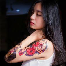 花臂纹身女图案高清写真