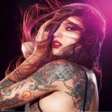 性感女郎纹身图片