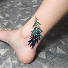 清新绿之韵,脚踝处树叶个性纹身