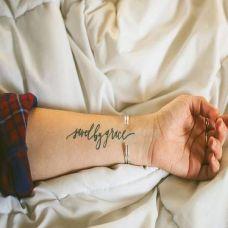 男生英文纹身图案高清图片