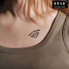 胸口字母纹身图案大全