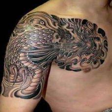 男人胸部龙纹身图案大全