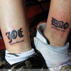 情侣脚部简单英文小纹身图案