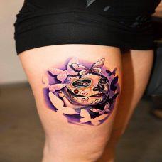 腿部纹身美女图案图片