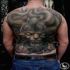 个性的背部纹身图案大全