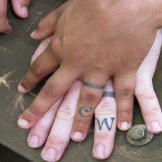 唯美手指情侣纹身小图案