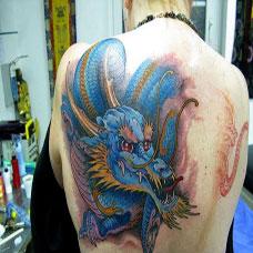 男士彩色后背龙纹身图片大全