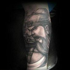男士个性时尚手臂关公纹身图案欣赏