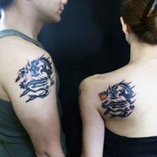 情侣简单手臂的小龙纹身图案大全