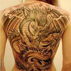 欧美美女性感满背龙纹身图片