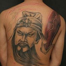 男生个性满背关公纹身图片大全