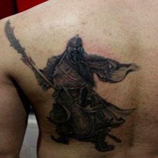 炫酷背部关二爷纹身图案时尚霸气