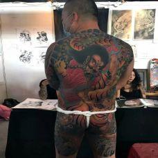 霸气日式大满背钟馗纹身图案