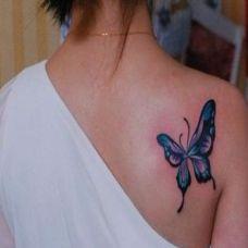 后肩个性蝴蝶纹身图案作品欣赏