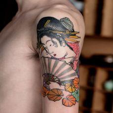 能歌善舞,手臂和风艺妓彩绘纹身