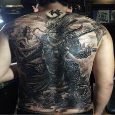 满背霸气斗战胜佛纹身图案大全