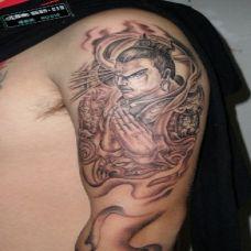 男性个性二郎神眼睛纹身图案欣赏