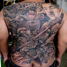 经典图腾斗战胜佛满背纹身图片