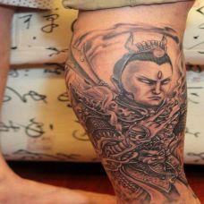 男生小腿上二郎神纹身图案大全
