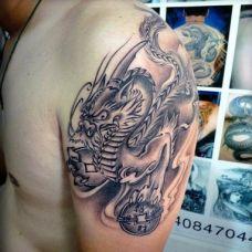 男士大臂貔貅纹身图案作品照片