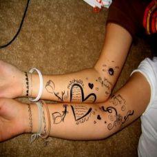 情侣手臂爱心翅膀纹身图片大全