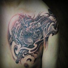 日式半甲图腾麒麟纹身图片大全