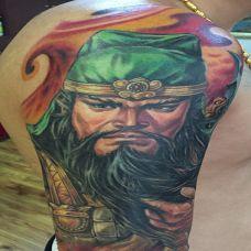 义的化身,手臂关羽肖像彩绘纹身