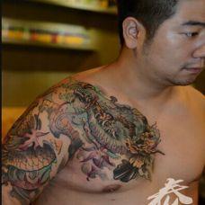 男士半甲地狱麒麟纹身图片霸气个性