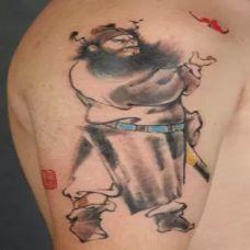 男人手臂上霸气的钟馗纹身图片