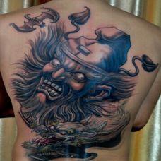 超霸气彩色满背钟馗捉鬼纹身图案