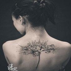 简约时尚彼岸花纹身图案欣赏