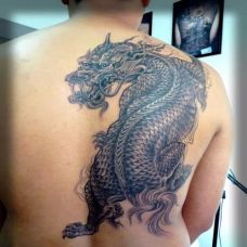 后背纹身图案貔貅作品欣赏