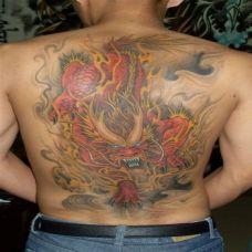后背麒麟黑白霸气纹身图案大全