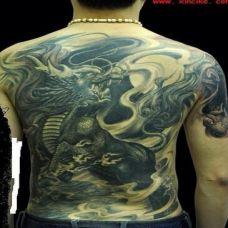个性霸气满背麒麟纹身图片大全