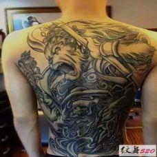 斗战胜佛后背霸气纹身图片欣赏