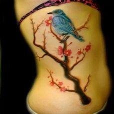 女生侧腰图腾性感纹身图片大全
