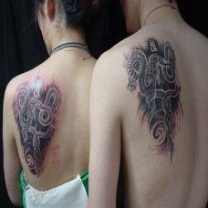 帅气的情侣很小小纹身图案