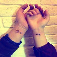 情侣小巧个性英文纹身图案大全