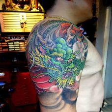 龙神驾临,手臂传统青龙彩绘纹身