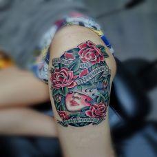 玫瑰佳人,腿部old-school风格彩绘纹身