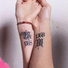 手腕情侣时尚字母纹身图案