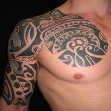 男士手臂纹身图腾简单时尚