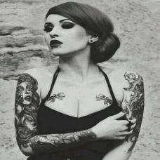 性感女郎胸部纹身图片精选
