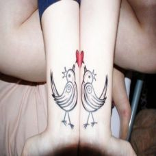 恩爱情侣手腕纹身图片简约小清新