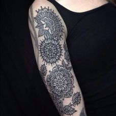 时尚艺术图腾纹身图案背部刺青