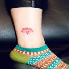 小纹身图片女生个性图案