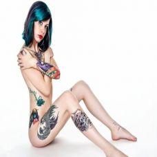 性感美女后背纹身图案
