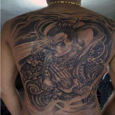 满背二郎神纹身背部图片