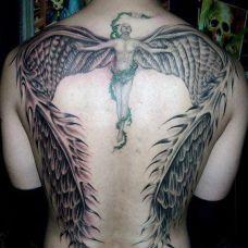 背部个性的天使纹身图片